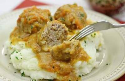 Meatballs in a creamy carrot sauce recipe