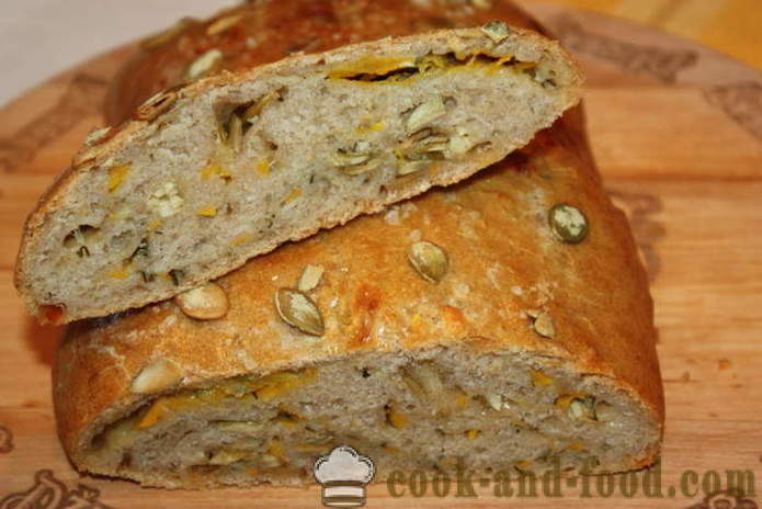 Whole grain bread with sunflower seeds from a pumpkin - how to make bread from whole wheat flour in the oven, with a step by step recipe photos