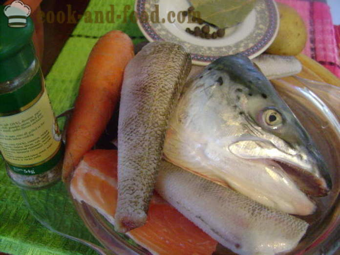 Ear from the head of the fish and other different fish - how to cook soup of fish heads, a step by step recipe photos