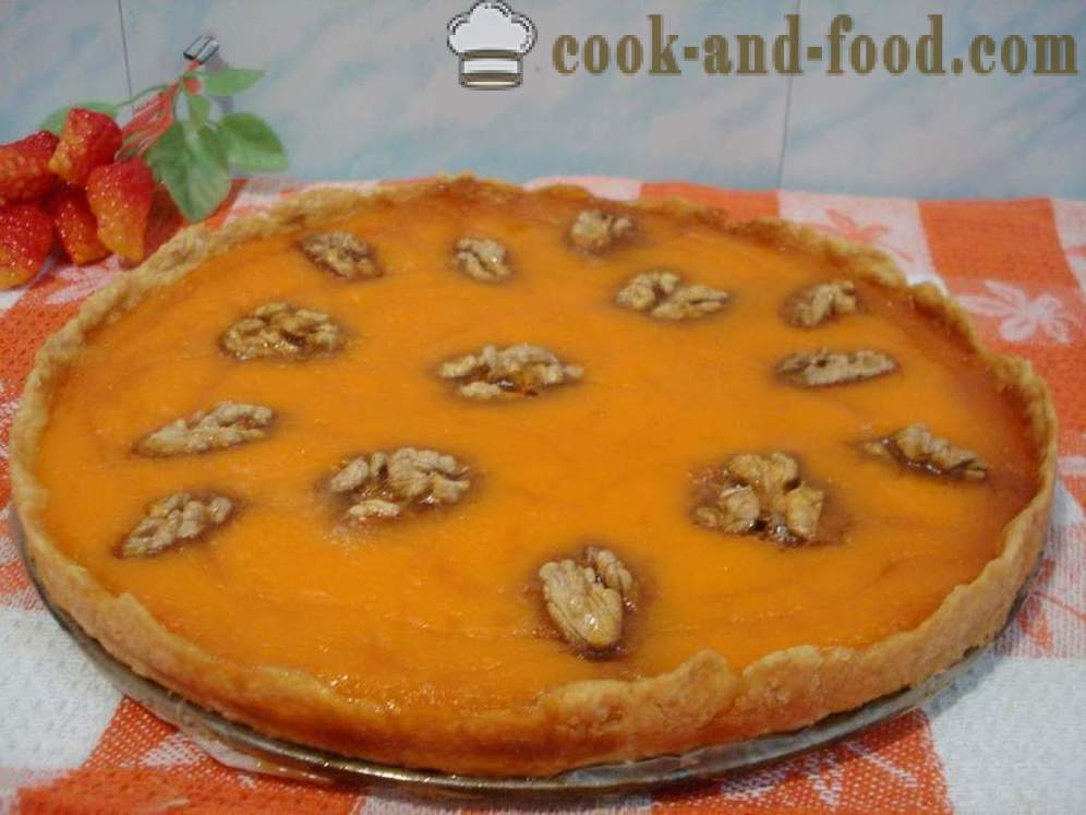 Open pumpkin pie with nuts and honey - how to cook pumpkin pie in the oven, with a step by step recipe photos