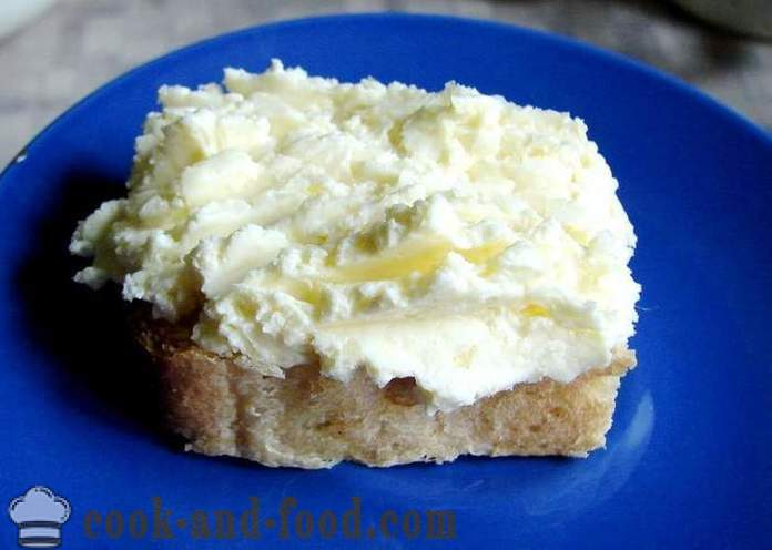 Cheese garlic butter sandwich - how to cook cheese butter, a simple recipe with a photo