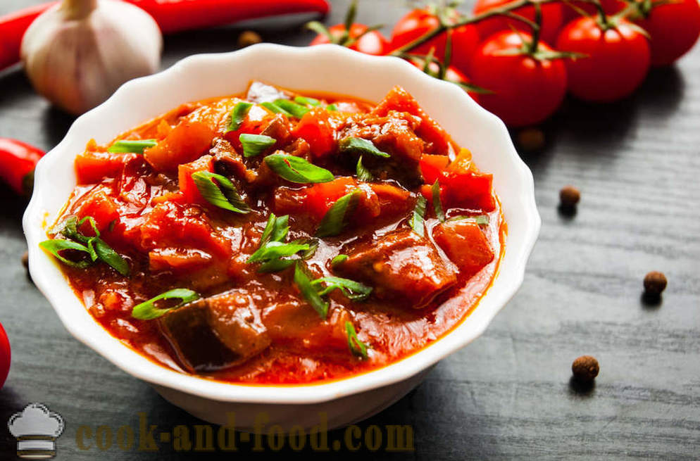 Braised eggplant with tomatoes: delicious and easy!