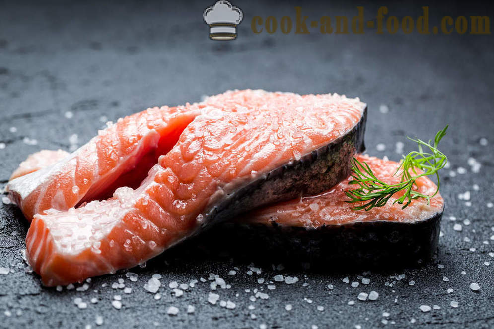 How delicious pink salmon salt - video recipes at home