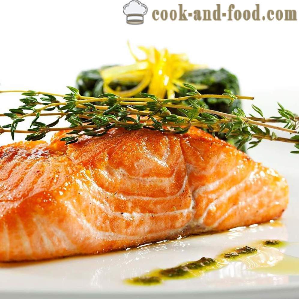 How delicious baked salmon - video recipes at home
