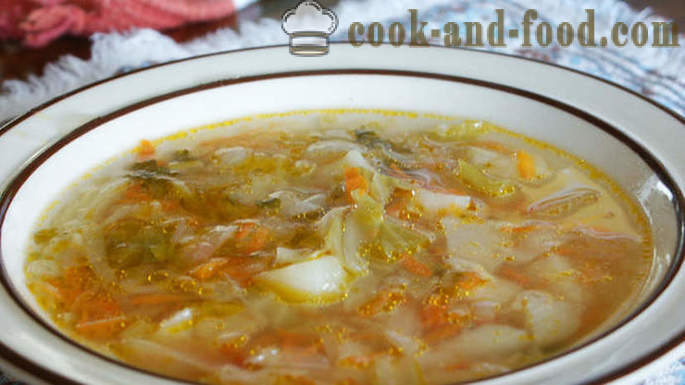 Russian food: cabbage soup will be