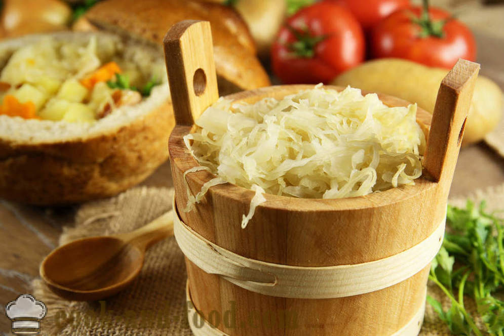 Three of the most simple and delicious dishes of Russian cuisine - video recipes at home