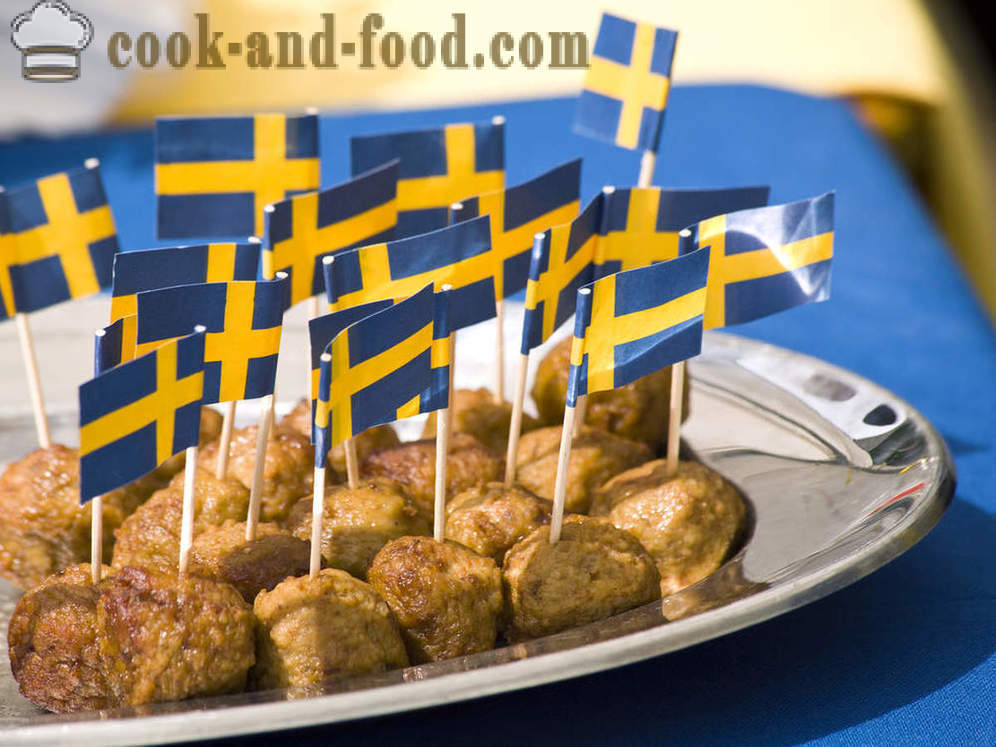 Sweden: Karlsson favorite meatballs and sweet pea soup - video recipes at home